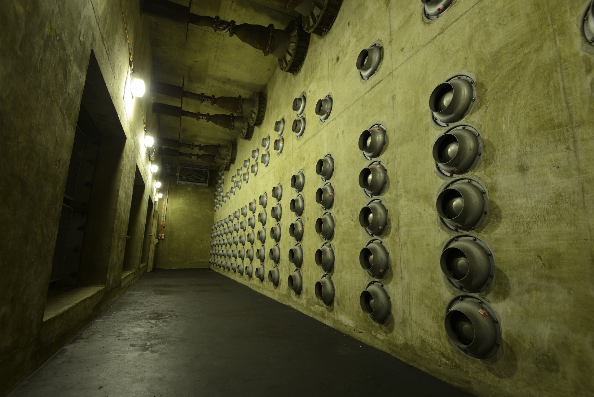 R3 Nuclear Bunker - Air Exhausters