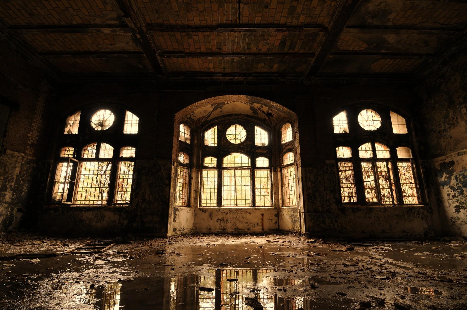 Beelitz Heilstätten (Germany) - Reflections