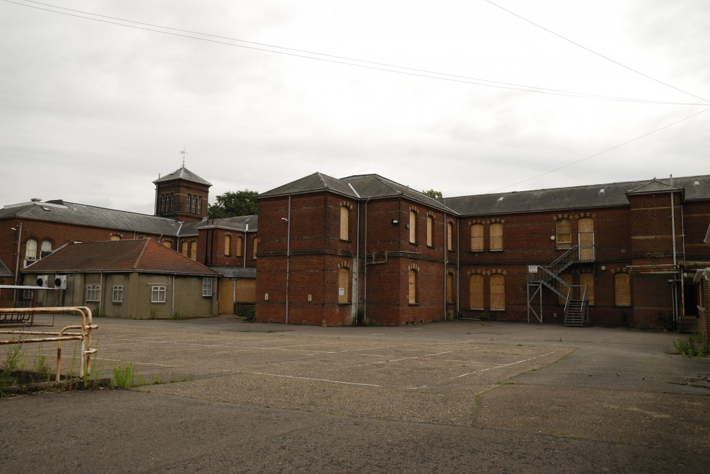 St. <strong class='StrictlyAutoTagBold'>Andrews Asylum</strong> - Exterior view 2009